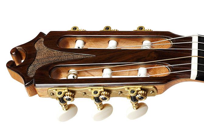 Guitarras juan hern ndez for Guitarras de luthier
